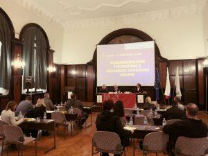 Posvet je potekal v prelepi secesijski Jakopičevi dvorani Zavoda za zdravstveno zavarovanje Slovenije